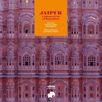 "JAIPUR ""A PLANNED CITY  OF RAJASTHAN"""